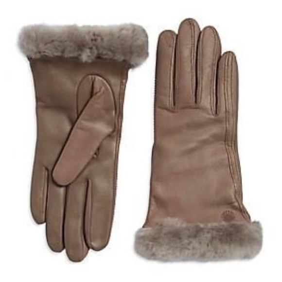 9dcf2a2fd8a NEW UGG CLASSIC LEATHER SMART GLOVE. Stormy Grey NWT